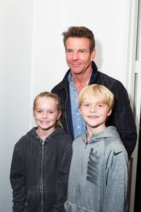 Dennis Quaid with his kids