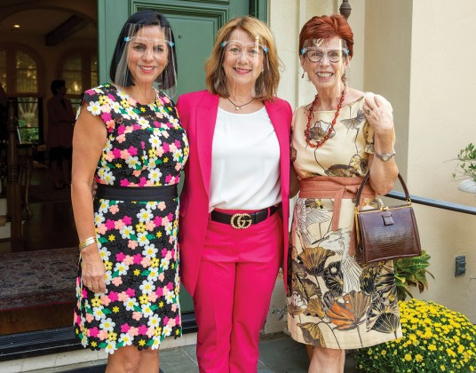 Frances Howard, Dodi Willingham and Maggie Austin