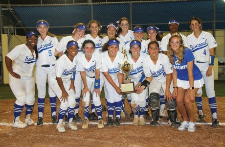 The Episcopal Knights softball team