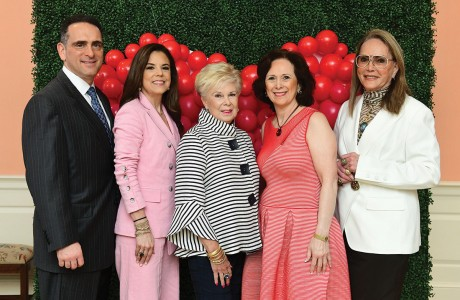 Darrell Rosenthal, Caren Rosenthal, Pat Chanon, Franelle Rogers and Joelle Rogers