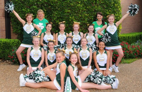 Shamrock cheerleaders