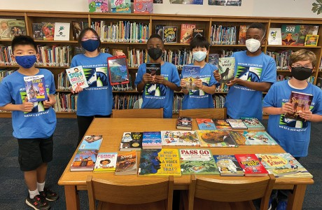 "West U Elementary School's 3rd-5th grade ""Name That Book"" team"